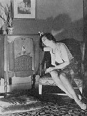 1931 view of lady and RCA radio